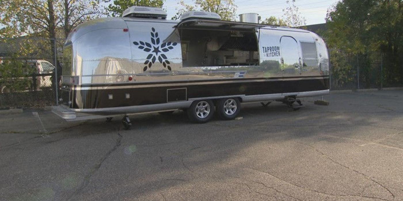 kare11.com | Fulton Taproom adds kitchen on wheels