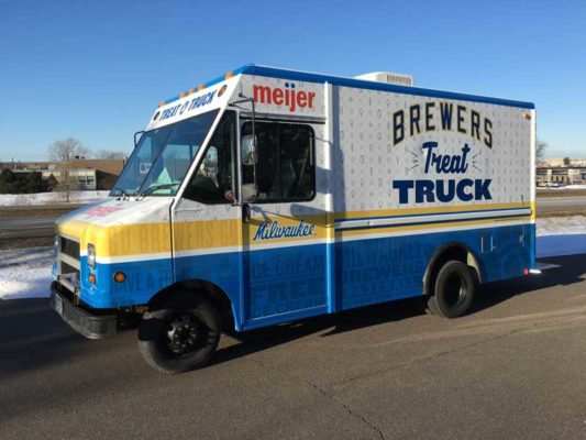 Milwaukee-Brewers-Treat-Truck-Exterior