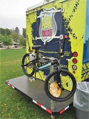 Minneapolis-Bike-Cop-for-Kids-Back