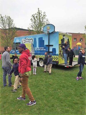Minneapolis-Bike-Cop-for-Kids-Exterior-3